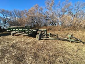 *1982 26' CCIL 626 PT Swather