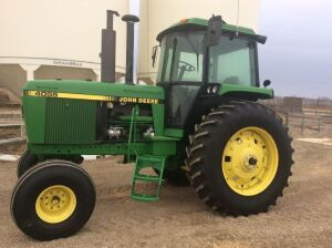 *1990 JD 4055 2wd Tractor 117hp