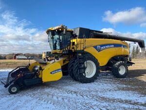*2014 NH CX8080 Elevation combine