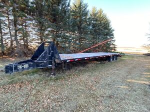 *2004 36' Load Max tandem dualled flat deck pintle hitch trailer
